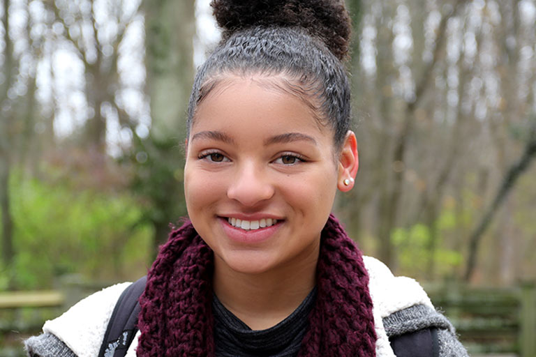 Portrait of IU student Jayla French smiling at camera